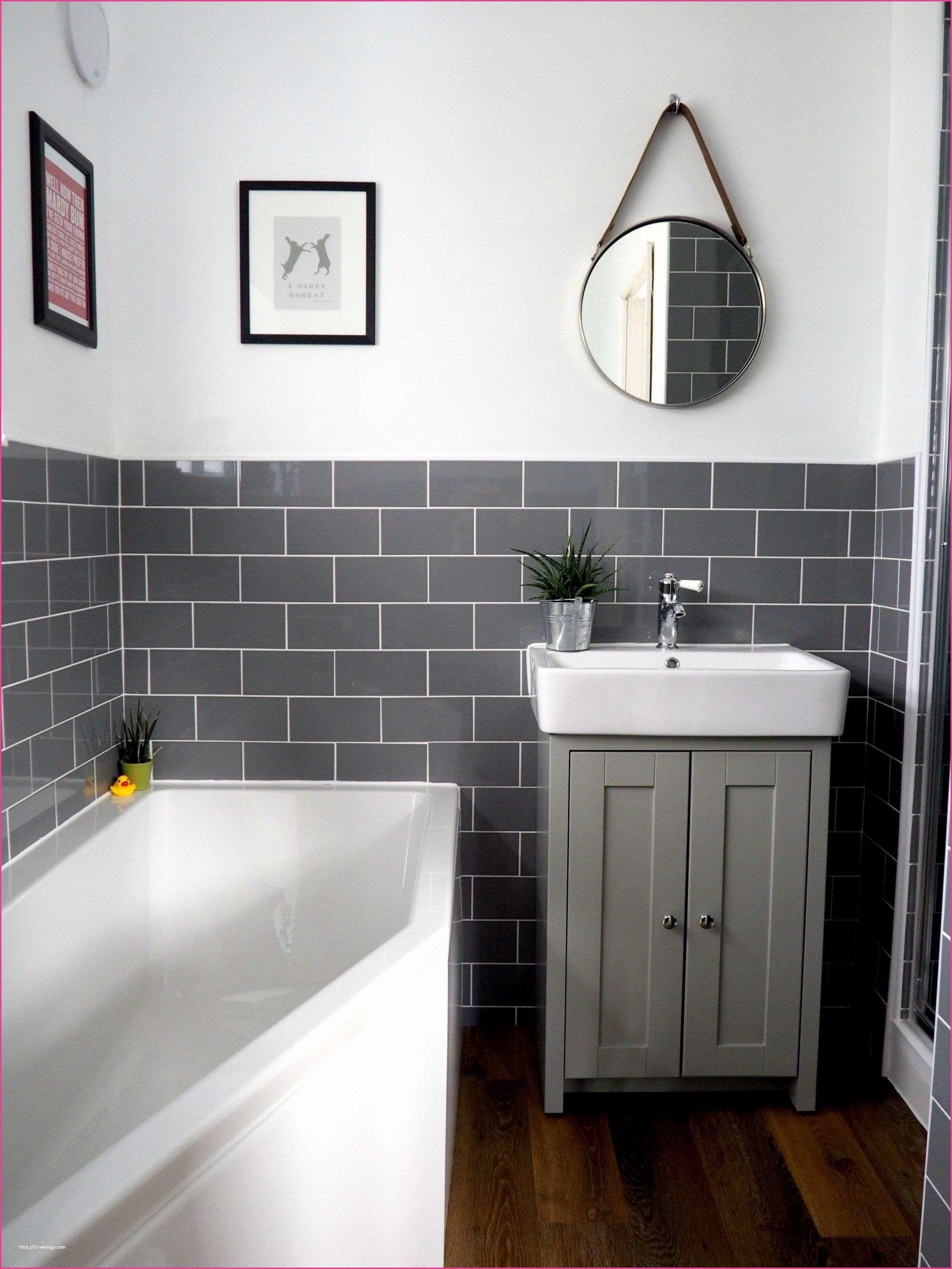 35 Challenging Green Glass Tile Kamar Mandi Kecil Interior Kamar Mandi Desain Kamar Mandi Modern