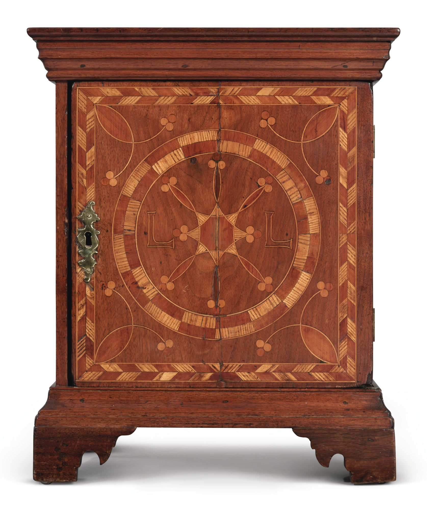 C 1760 Very Rare Chippendale Compass Inlaid Walnut Red