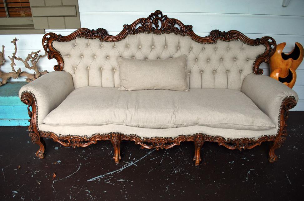 Antike-sofas-antikes-Sofa-mit-Schnitzerei | Tische und Stühle ...