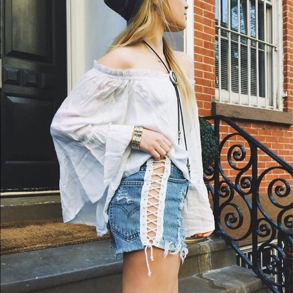 Off the Shoulder Blouse Never worn super cute off the shoulder shirt. Perfect for any outfit and any season! No trades! LF Tops Blouses