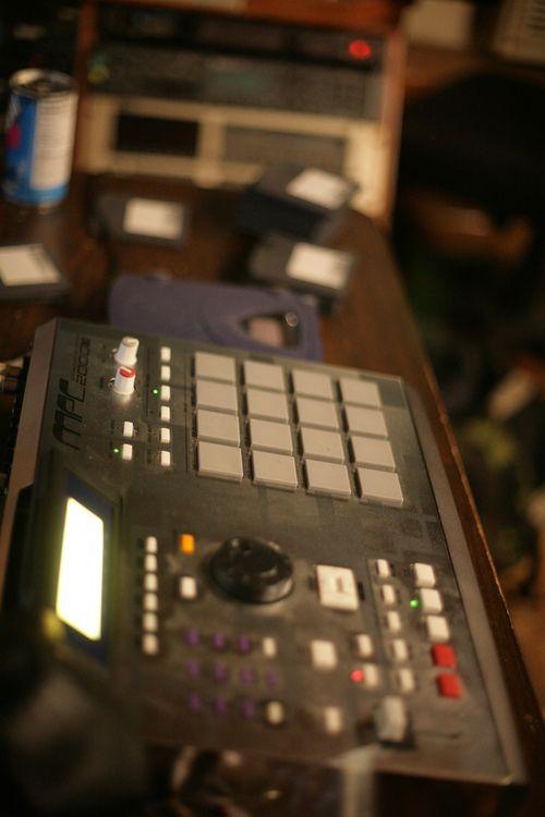 pete rock 39 s mpc 2000xl se3 music production pete rock home studio music dj equipment. Black Bedroom Furniture Sets. Home Design Ideas