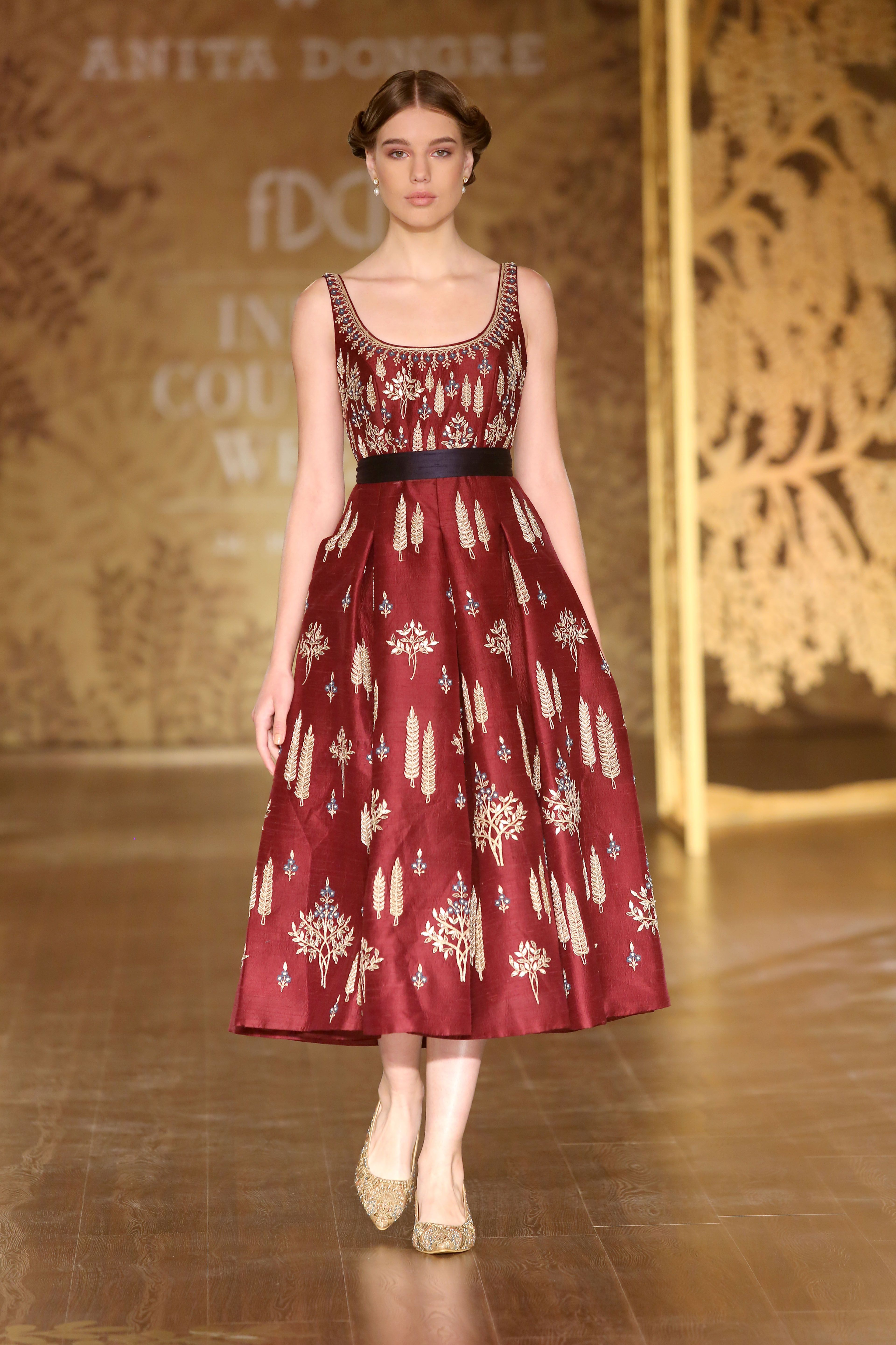Runway Styles | placements | Pinterest | Anita dongre, Couture and ...