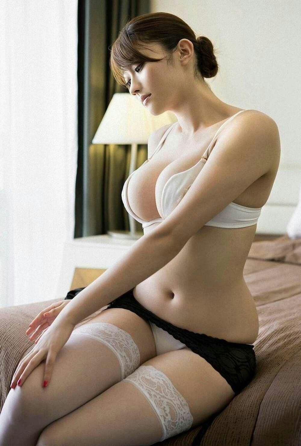 Asian busty pantie