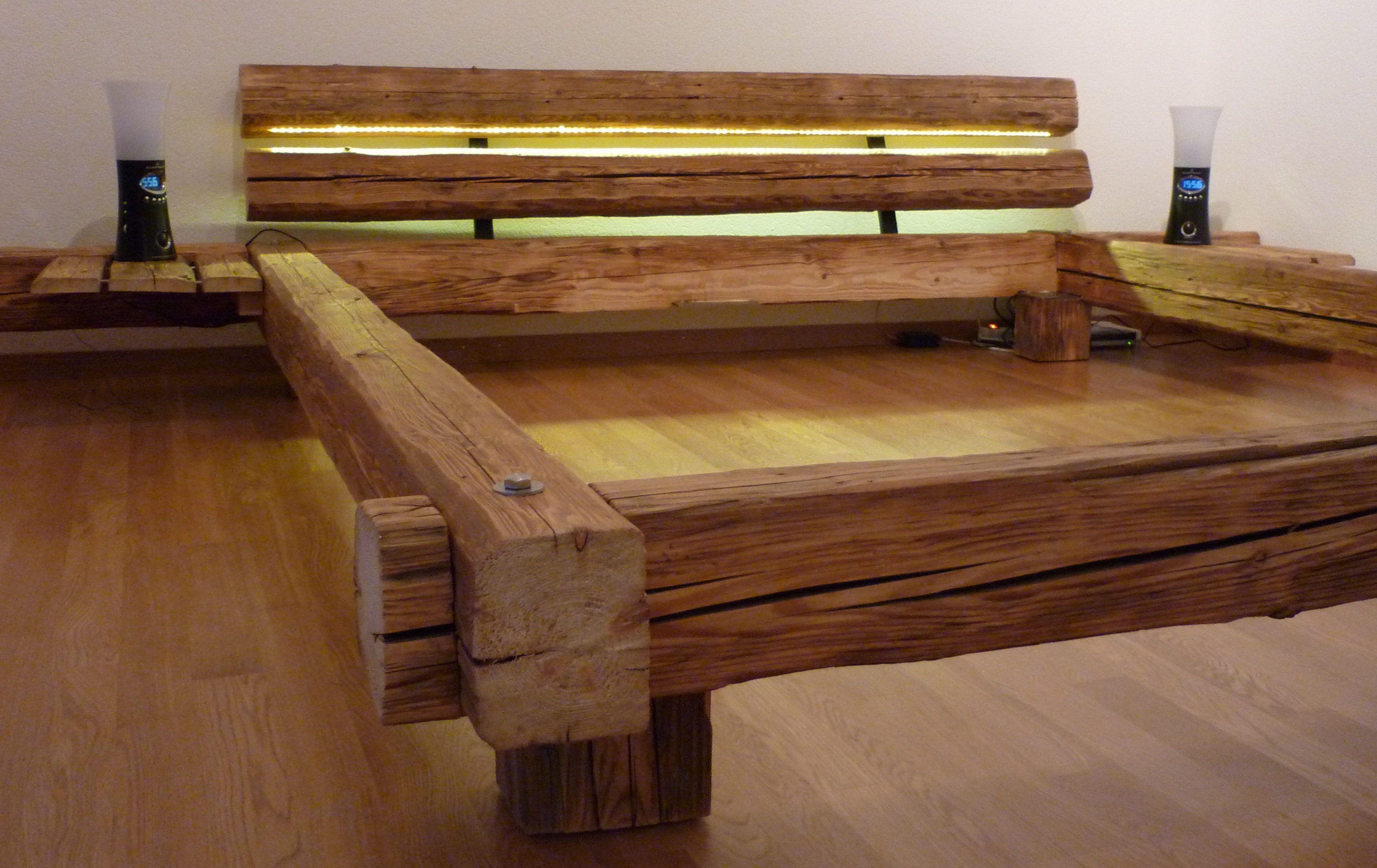 Bett Selber Bauen Für Ein Individuelles Schlafzimmer Design_diy Bett Mit  Kopfteil Aus Holzbalken