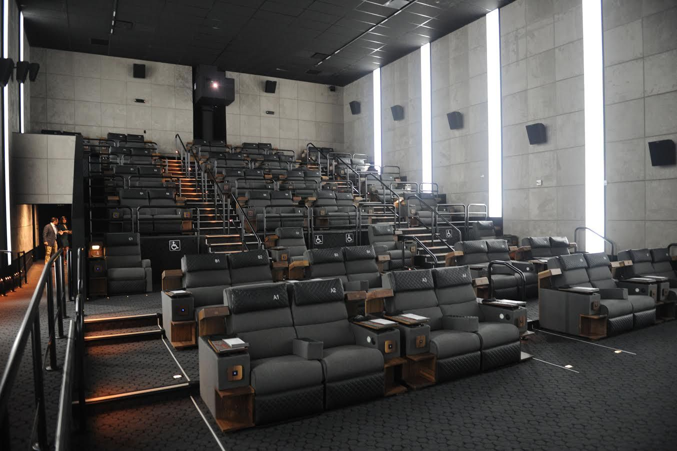 Miami Has A Bunch Of New Luxury Movie Theaters Now We Tried Them So You Know Where To Go Luxury Movie Theater Brickell City Centre Cinema Experience