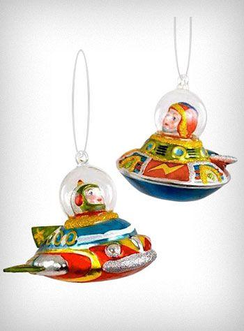 Retro UFO Spaceship Ornaments Set (ray guns and robots also available) - Retro UFO Spaceship Ornaments Set (ray Guns And Robots Also