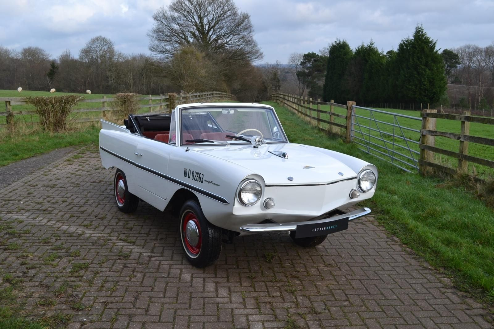 1962 Amphicar 770 Cabriolet LHD in Cars, Motorcycles