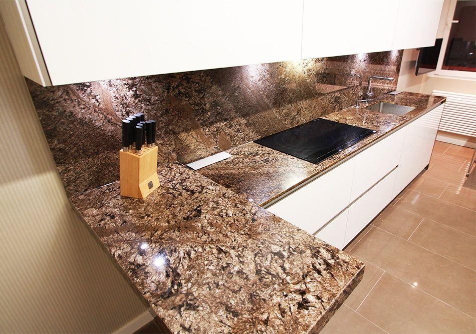 Cocina con gola#cocina en madrid#encimera de granito#linea 3 cocinas ...