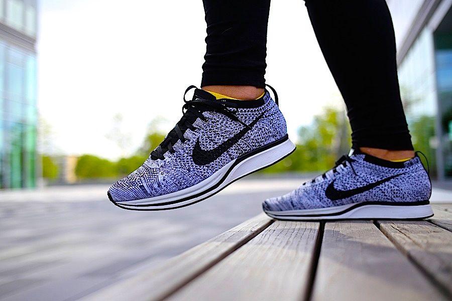 comprar barato disfrutan Nike Flyknit Racer Para Mujer Roshe Oreo envío libre disfrutar yCNy0U
