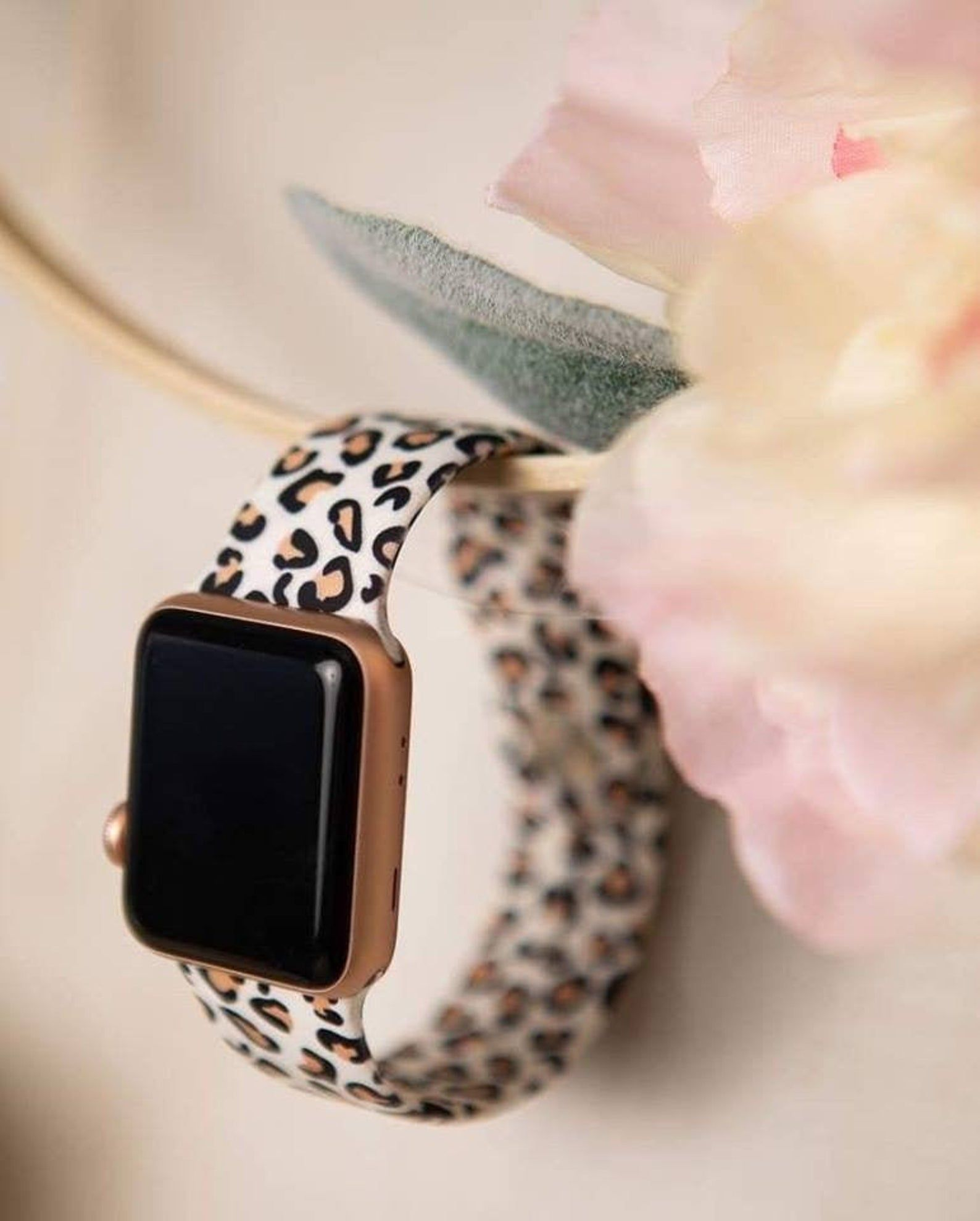 Cheetah Animal Print Leopard Print Silicone Apple Watch Band Etsy In 2021 Cute Apple Watch Bands Apple Watch Accessories Apple Watch