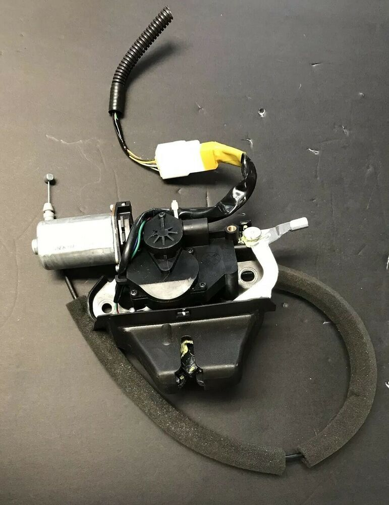 2006 11 Lexus Gs350 Gs450 Trunk Lock Latch 64650 50020 Oem Acuator Tested Lexus Lexus Used Lexus Lexus Ct200h