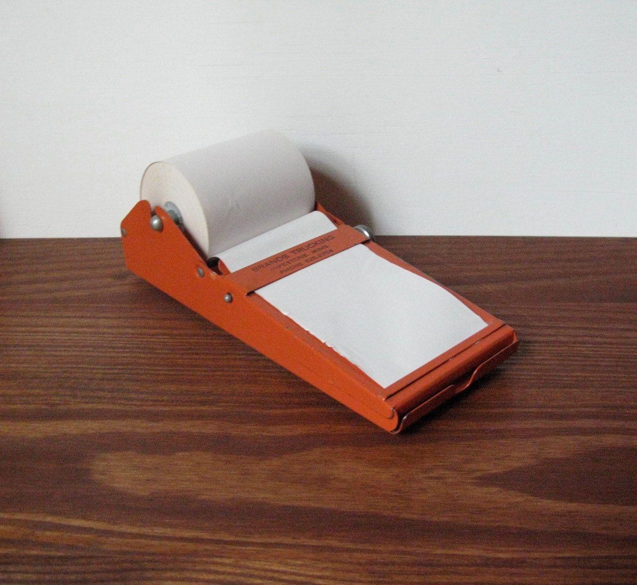 // Vintage Metal Note Holder