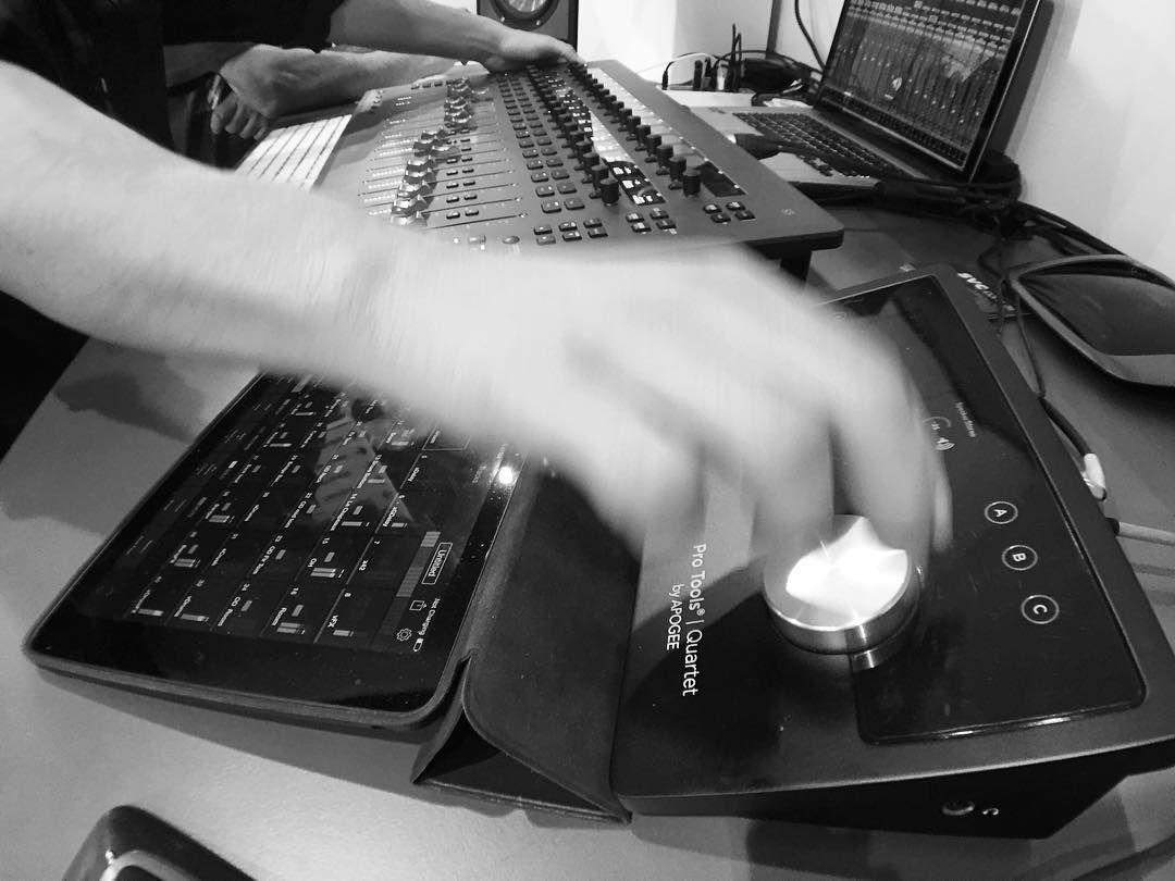 Tú creación musical sin límites con #Avid #ProTools | #S3 | #Quartet | #Control #ProAudio #Mix #Mezcla #Musica