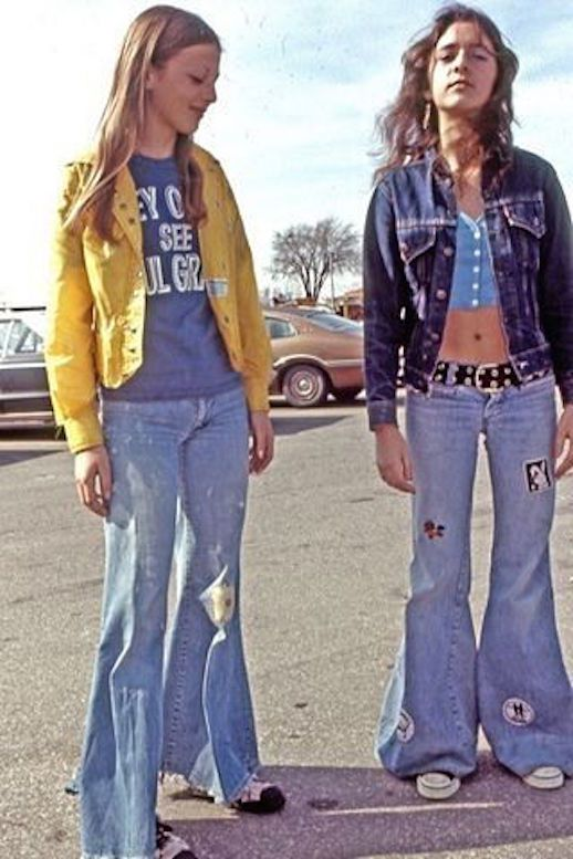 Le Fashion Blog 1970s 70s Street Style Vintage Photos Flare Jeans ...