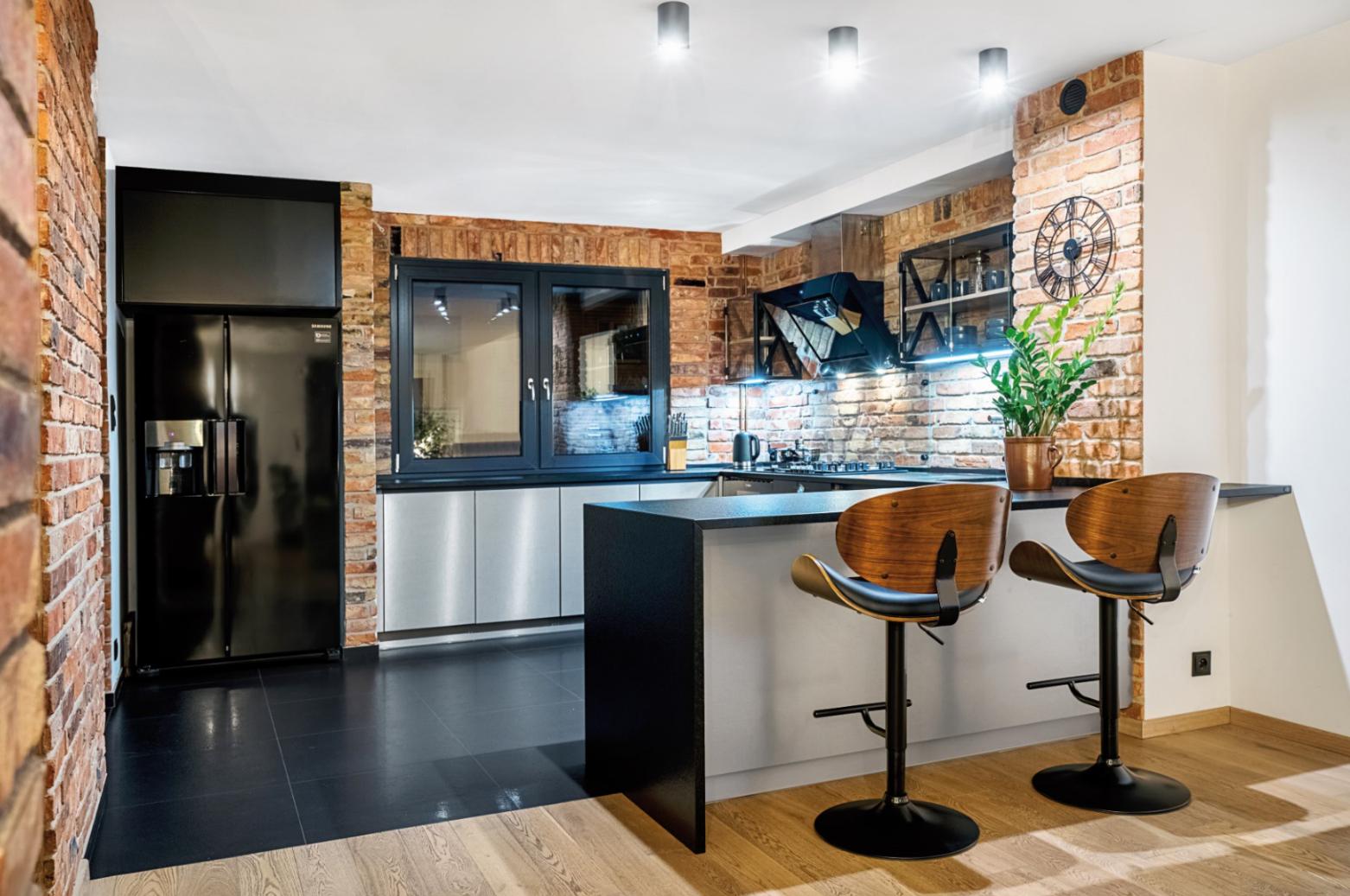 Cegla W Kuchni Jest Swietna Alternatywa Dla Plytek Cegla Sciana Kuchnia Aranzacjazcegla Kuchniazcegla Nowo Kitchen Decor Kitchen Room Apartment Interior