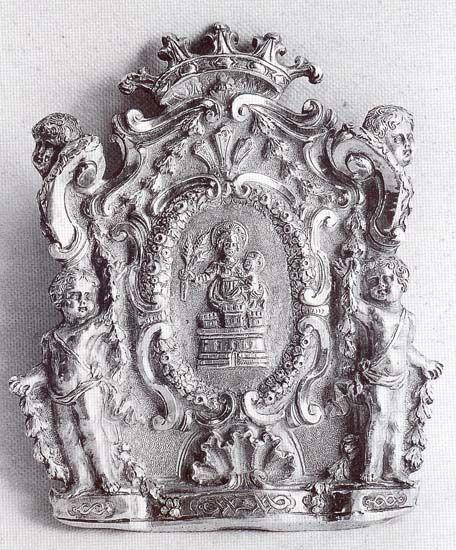 Argentiere siciliano, Pace, XVII sec., argento sbalzato e cesellato, Enna, Tesoro della Chiesa Madre, Museo Alessi.