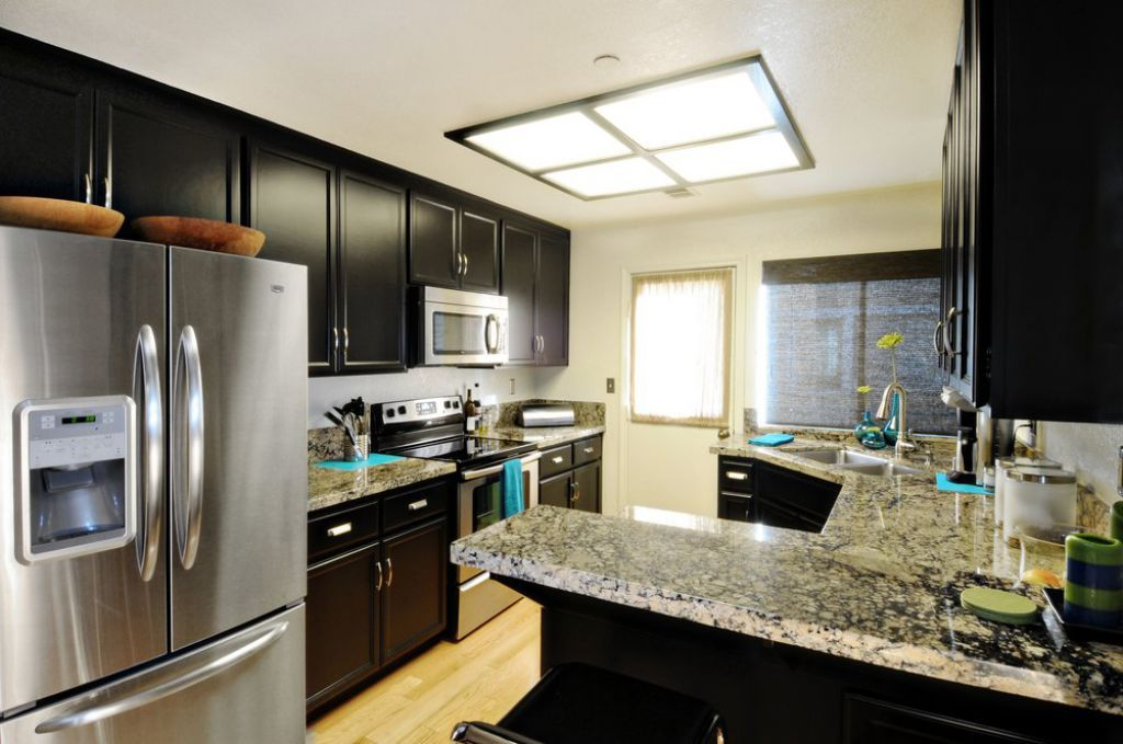 Cost Saving Using Kitchen Fluorescent Lighting Check More At Http Www Wearefound Contemporary