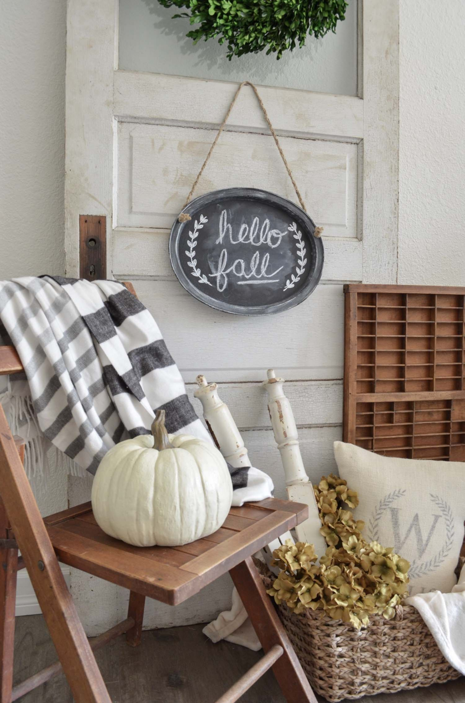 9 Fall Farmhouse Decorating Ideas To Inspire YouA World of Ideas  A World of Ideas was a PBS miniseries (1988 and 1990) by Bill Moyers. It featured notable interviews with such personalities as Isaac Asimov, Noam Chomsky, Elaine Pagels, and Chungliang Al Huang.