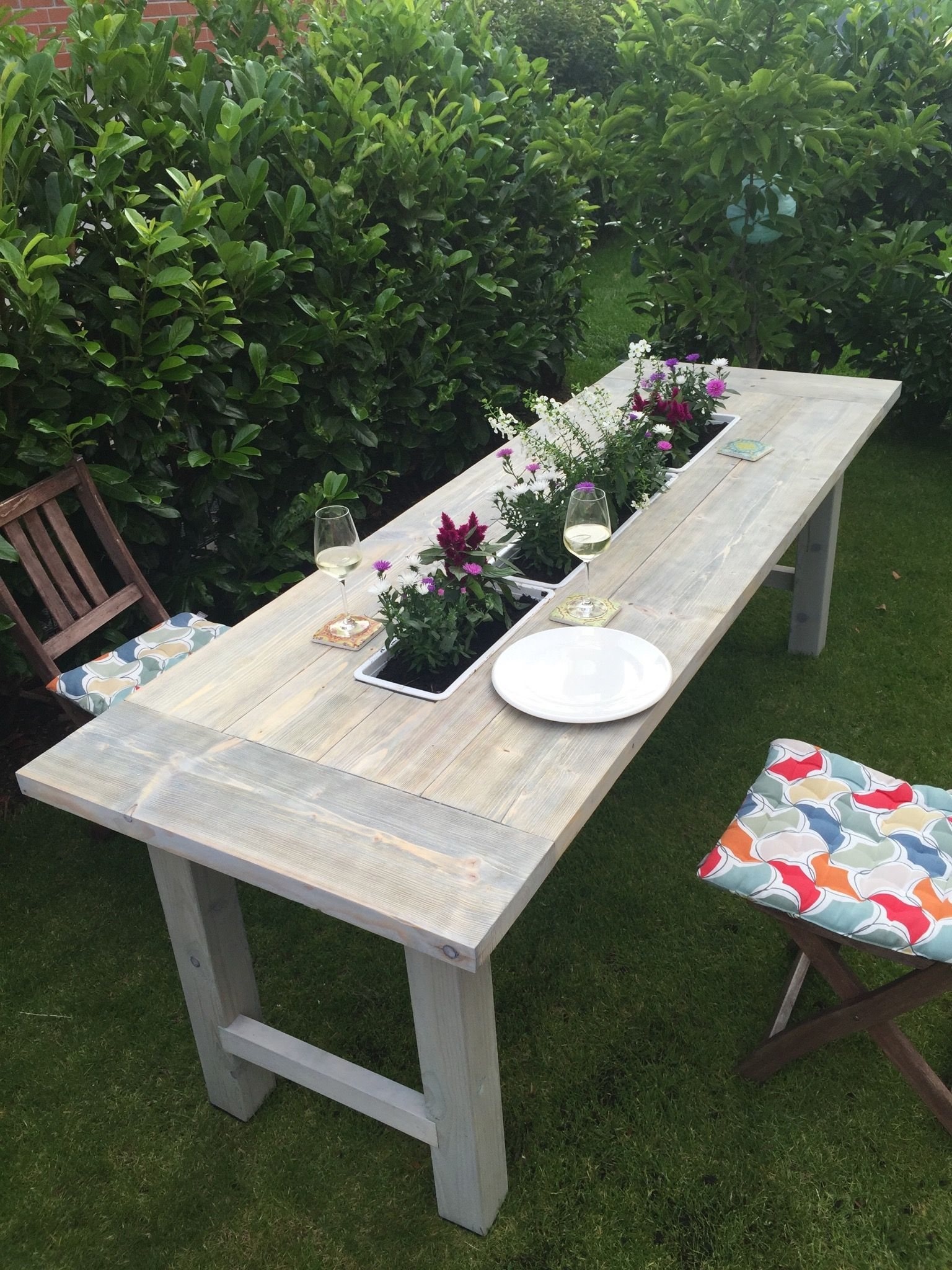 DIY Gartentisch mit Blumenkästen, alternativ auch austauschbar gegen ...