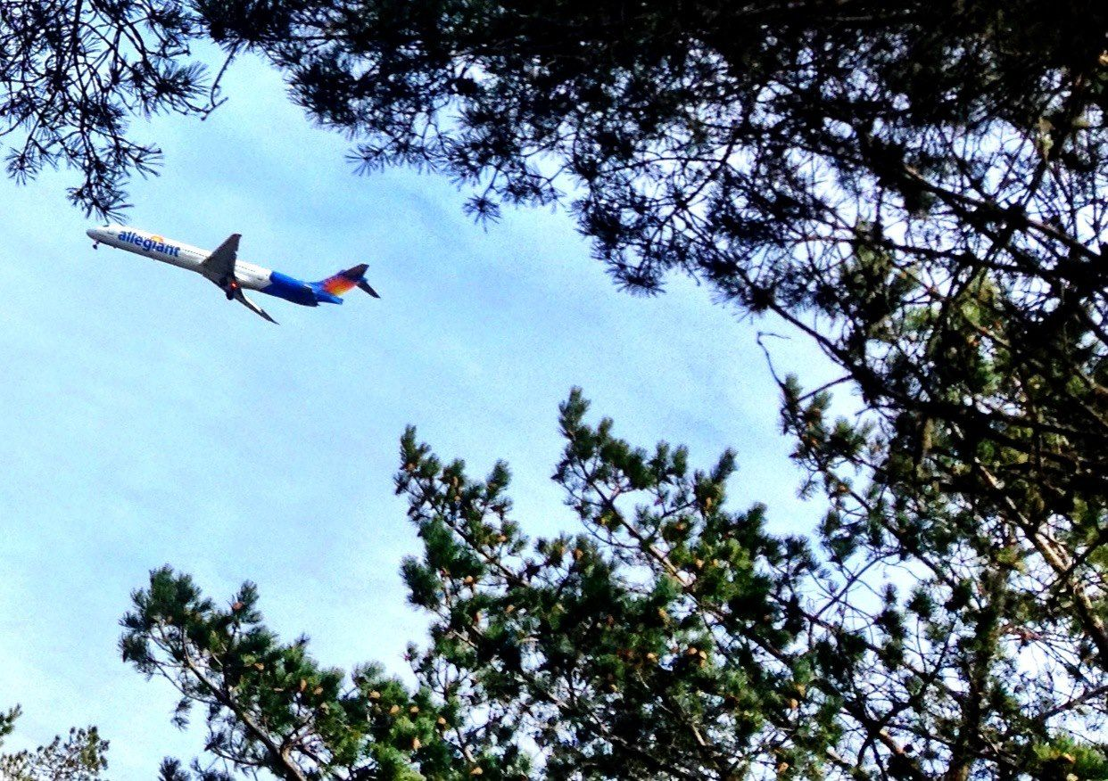 Another Allegiant vacation taking off from Eugene, Oregon.