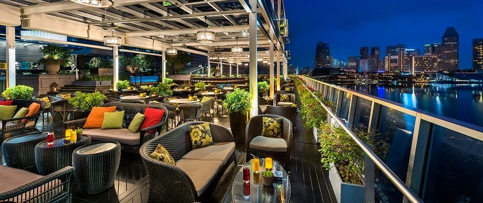 11 Places in Singapore to enjoy the View and a Cocktail - Luxury