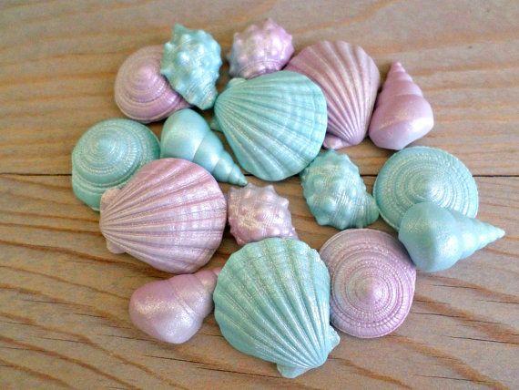24 edible sea shells Little Sugar Natural mermaid cake toppers Cupcake Wedding