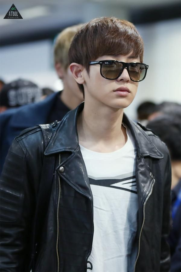 Park Chanyeol In Leather Jacket And Glasses Is My Weakness Com