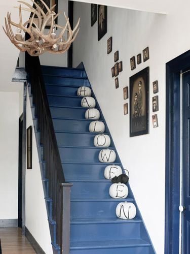 {Halloween Home Décor Idea} Spooky Stairwell. A Smart Alternative To  Pumpkin Carving: Spell Out A Halloween Message With Paint.