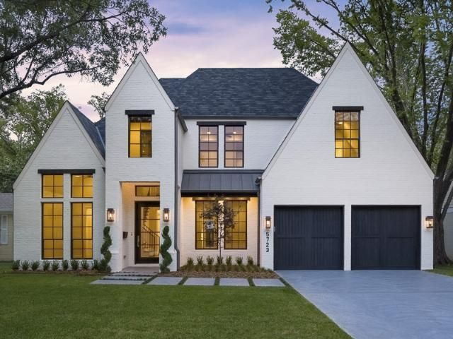 Gray house with black metal roof google search roof for Black roof house