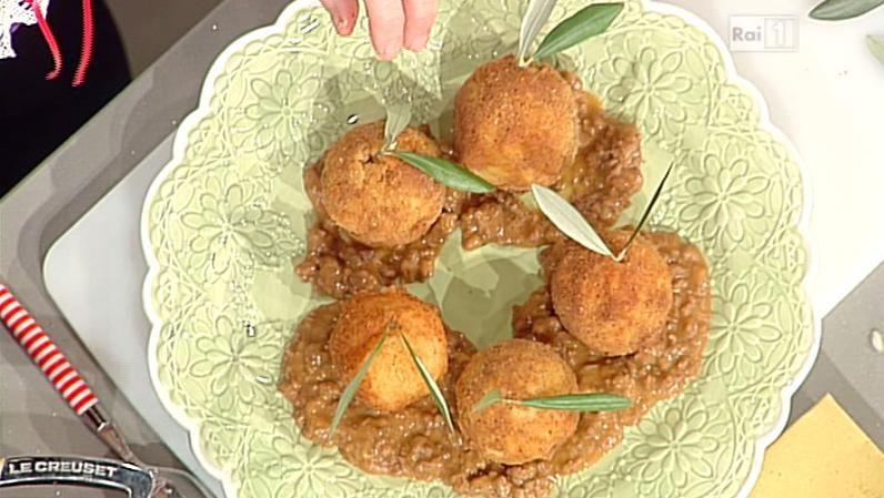 La ricetta delle arancette di riso di Luisanna Messeri del 22 maggio 2014 - La prova del cuoco