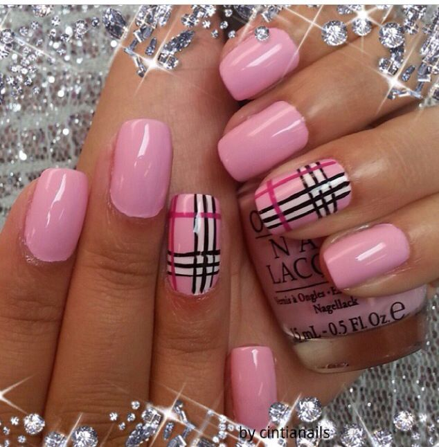 burberry pink nails cinthia