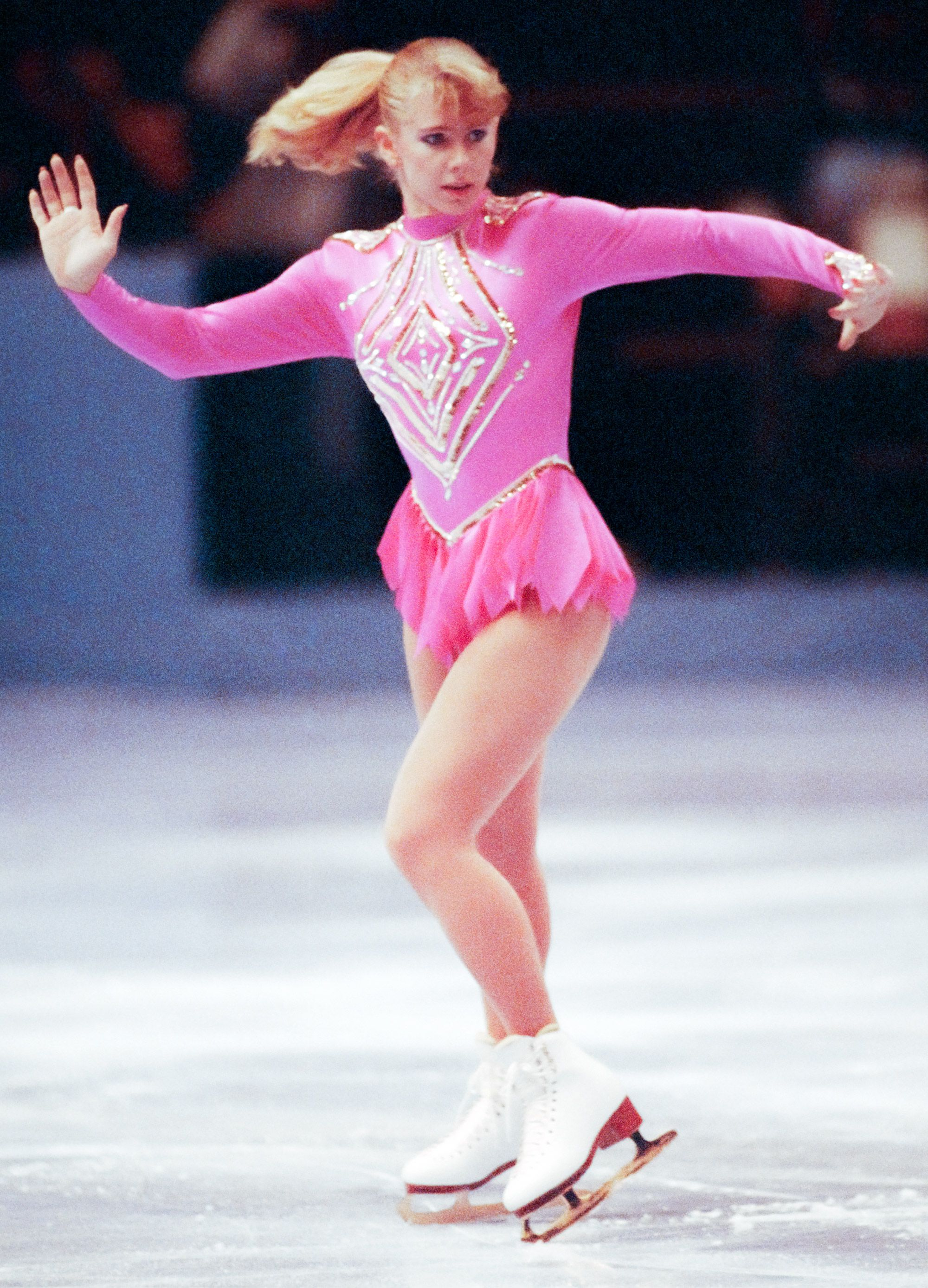 Vintage Photos 1994 Press Photo Tonya Harding American Figure Skater Performing at Olympics