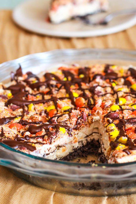 Skinny Frozen Peanut Butter Pie! Actually healthy!