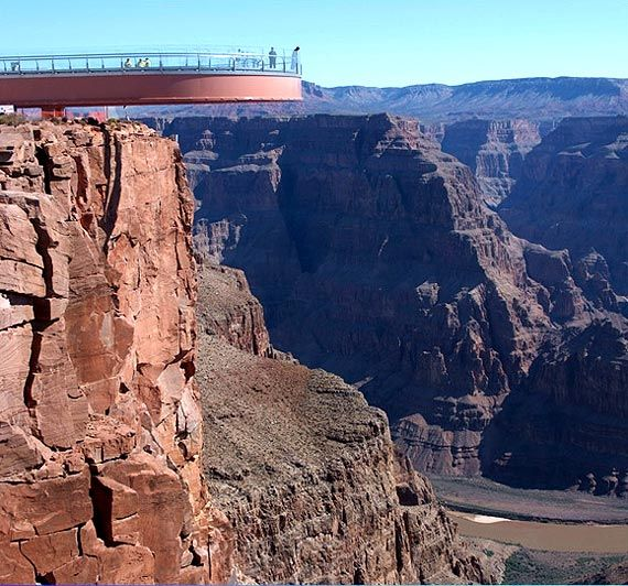 Grand Canyon Skywalk Extreme Challenge For Those Afraid Of