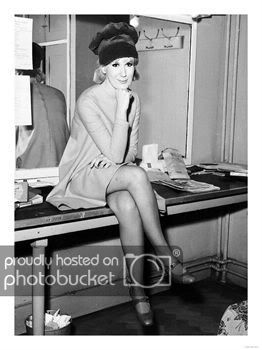 The Dusty Springfield Network - Dusty in hats  - Powered by