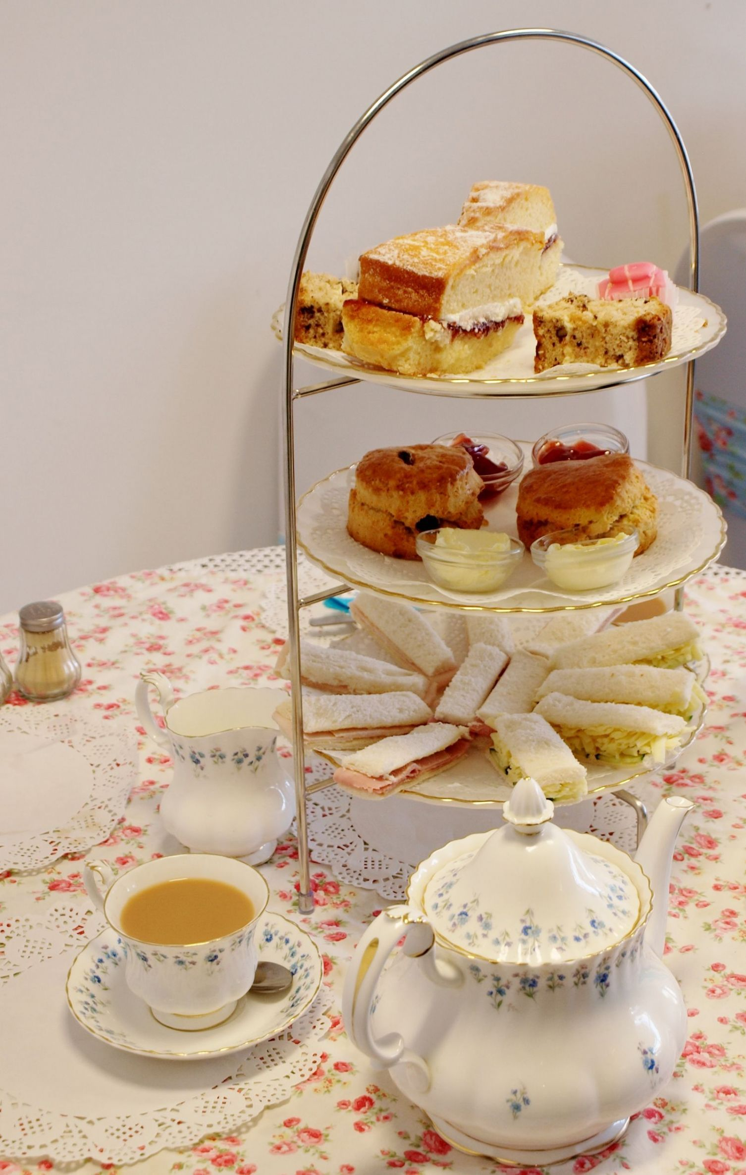 Cup And Saucer Cake Stand