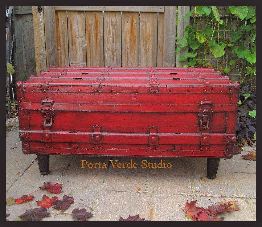 Red Antique Trunk To Coffee Table   Change The Interior?