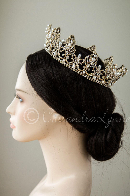 full circle wedding crown with teardrop pearls   crown, pearls and
