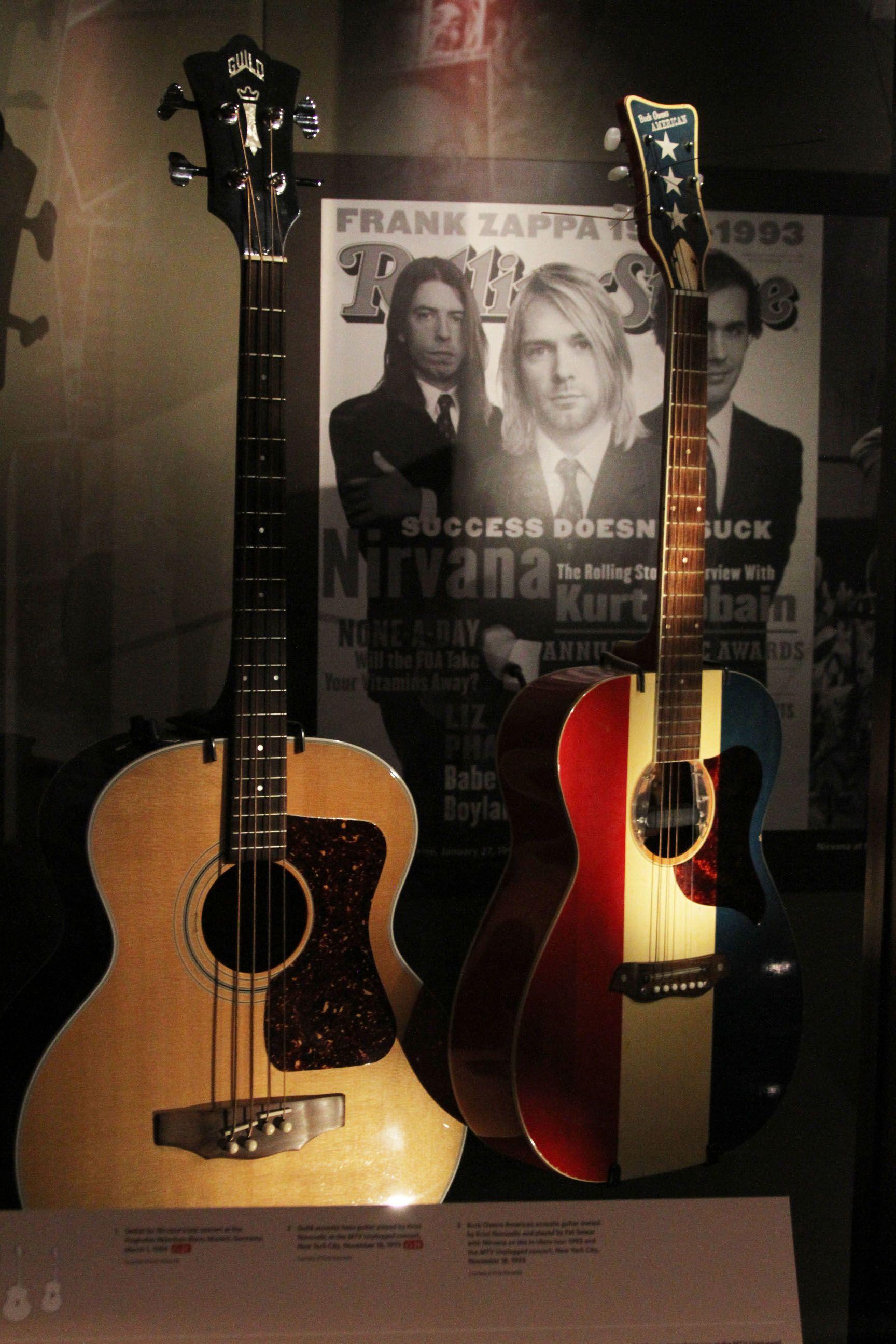kurt cobain unplugged acoustic guitar - Buscar con Google ...