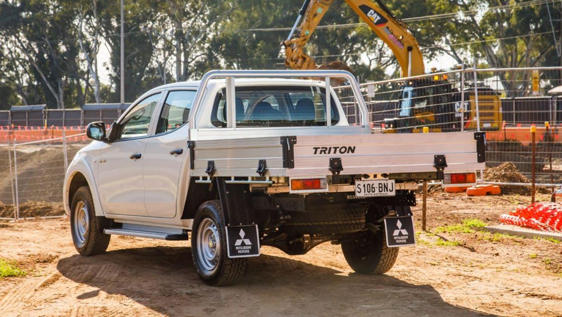 Mitsubishi Triton cab chassis scores reversing camera for 2017