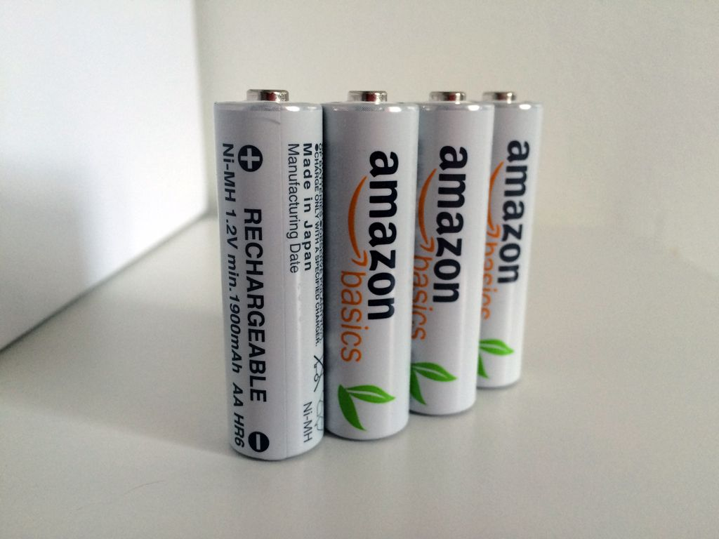 Product Review Amazonbasics Aa Rechargeable Batteries White Rechargeable Batteries Recharge Batteries