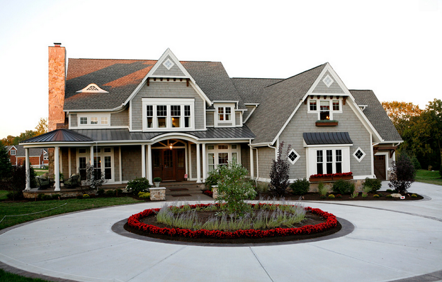 Calling It Home Circular Driveways House Exterior Traditional Exterior Exterior Design
