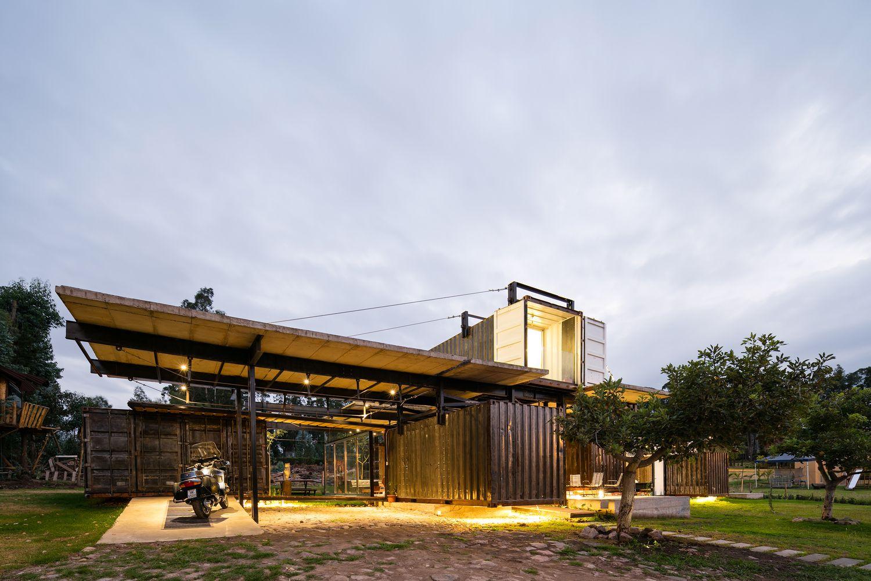 Gallery of RDP House / Daniel Moreno Flores + Sebastian Calero - 3