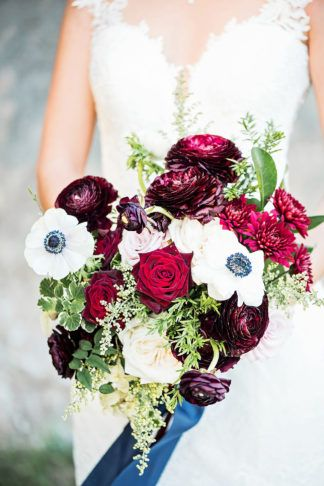 Romantic Burgundy, Navy and Gold Wedding Decor + Details | Blue gold ...