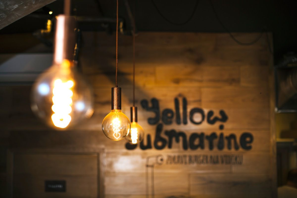 Restaurant Branding Yellow Submarine Burger Place By Ivan Dilberovic Restaurant Branding Yellow Submarine Burger Places