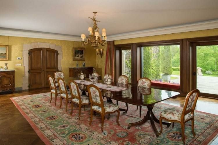 Large Victorian Dining Room That Seats 10 People Dining Room