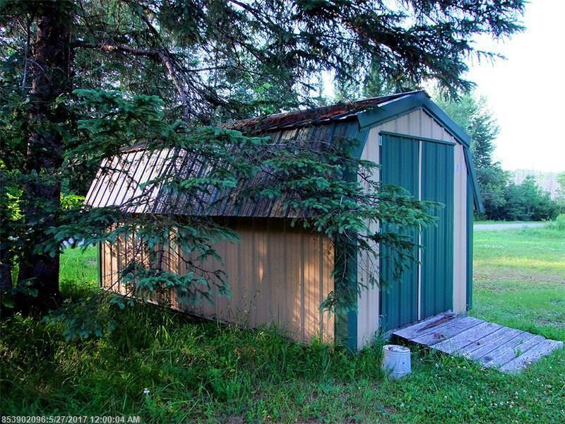 Amish Buildings Big In Maine. This Property Listing For