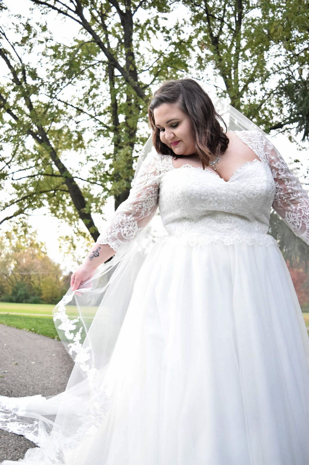 Plus Size Wedding Gown With Lace Sleeves Wedding Dresses Plus Size Wedding Gowns Plus Size Wedding