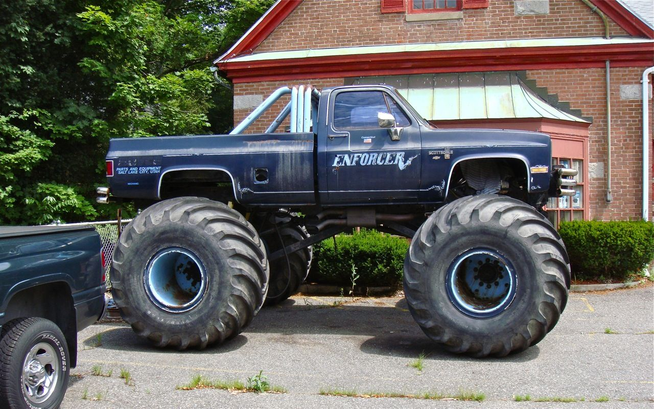 5751101fc48096db59a9c9d84f47986c 1985 chevy truck lifted for sale 1973 1987 chevys pinterest