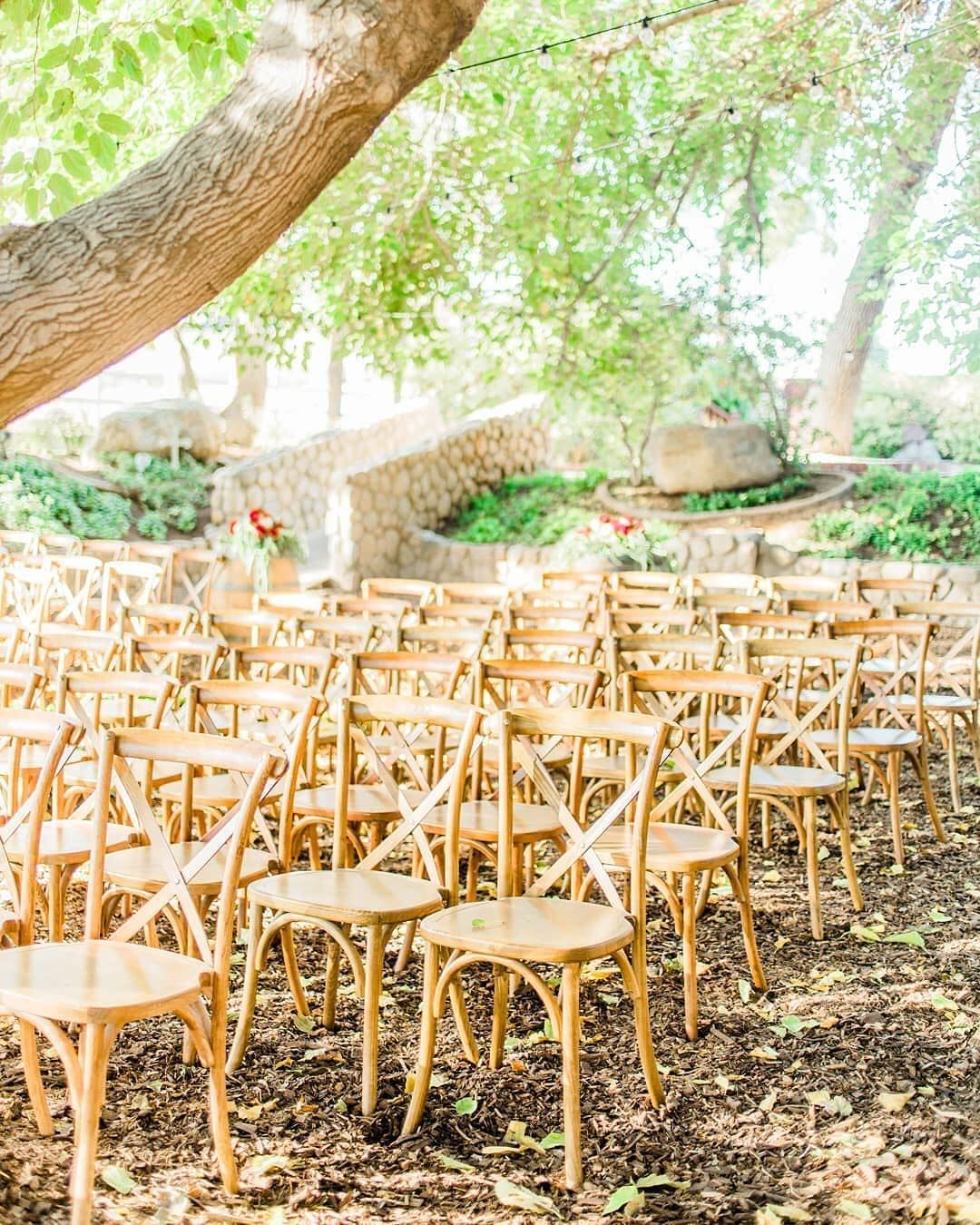 Ranch style wedding with simplistic and Boho wedding them ...
